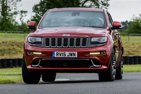porsche jeep 2014 jeep grand srt vs porsche macan turbo pictures