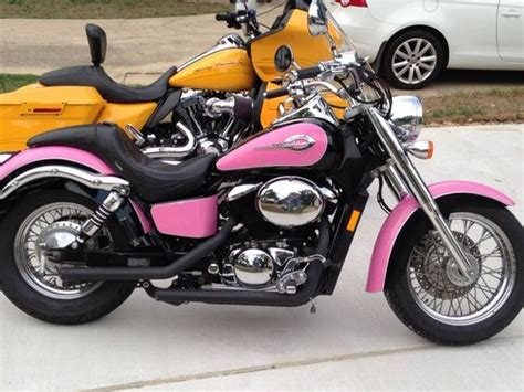 Motorrad Honda Pink by Pink Motorcycle Honda Shadow 750 My Bike Pinterest