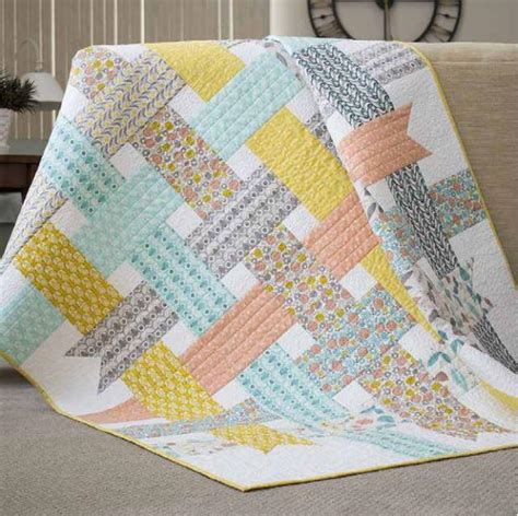 Free Baby Patchwork Quilt Patterns - nordic ribbons baby quilt pattern favequilts