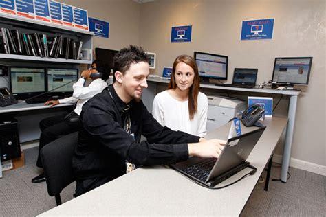 Uf Computer Help Desk Visit A Help Desk Dhnet Internet Uf Help Desk