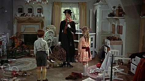 kitchen mary poppins mary poppins image marypoppins disneyscreencaps com 2946 jpg disneywiki