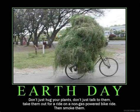 Funniest Memes On Earth - earth day 2015 all the memes you need to see heavy com