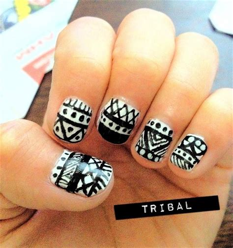 Tribal Design Nail