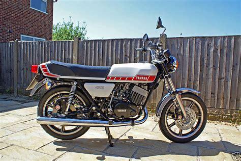 Yamaha RD400 Gallery   Classic Motorbikes