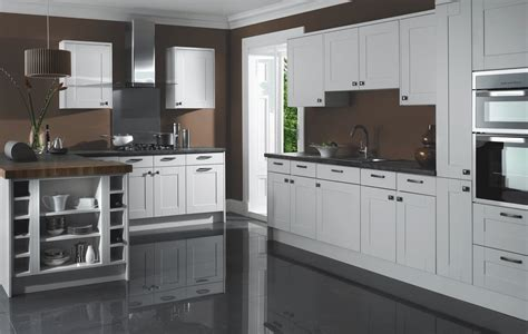 town and country benchmark kitchens oxford
