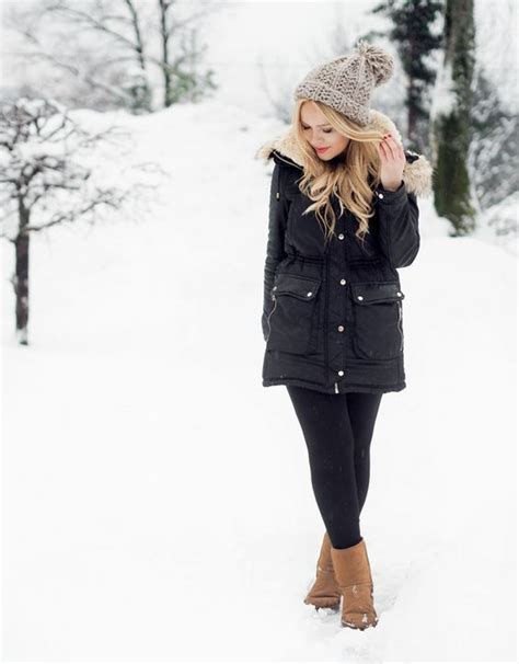 7 Cutest Boots For Un Weather Days by What To Wear In The Snow 13 Warm Ideas