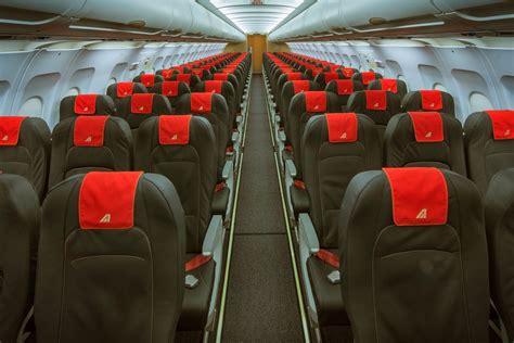 interno aereo alitalia i nuovi interni degli aerei corto medio raggio di alitalia
