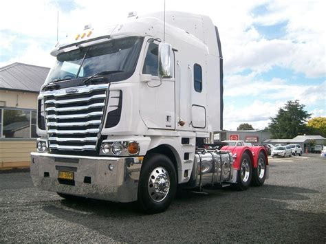 freightliner trucks for sale freightliner cabover semi trucks for sale and