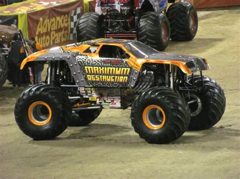 maximum destruction monster truck videos tom meents maximum destruction monster truck coby s