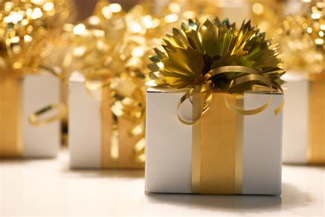 Event Giveaways Ideas - fun holiday party favors