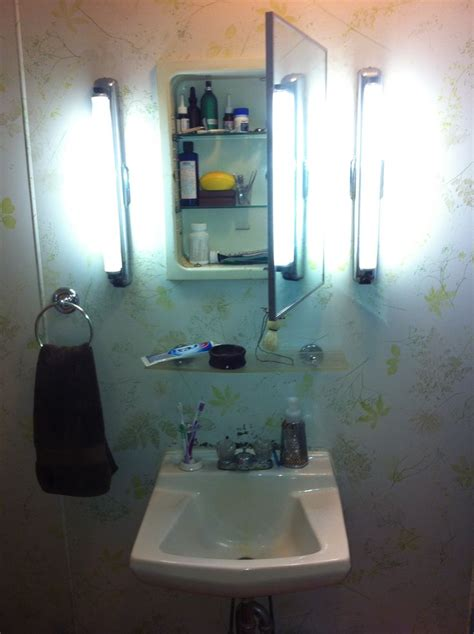 1940s Bathroom Sink by Pin By Gotcsik On Bathroomville