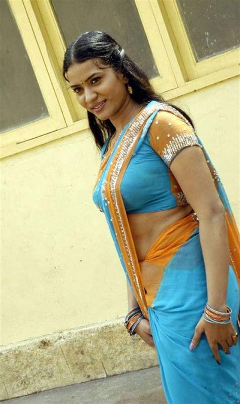 hot indian aunties photos saree pics mallu aunties picture desi mallu aunties celebrities photos hub page 2