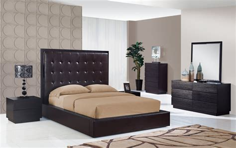 modern master bedroom set made in italy leather high end bedroom furniture sets feat light home design idea
