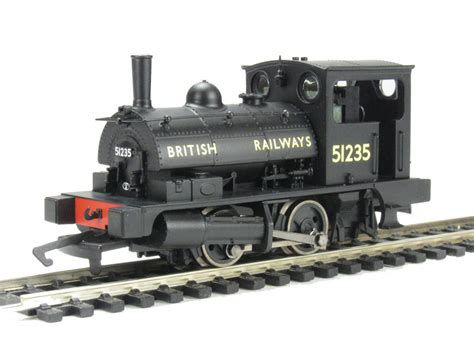 hornby pug hattons co uk hornby r2927 class b7 pug 0 4 0st 51235 in br black