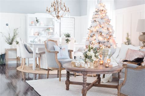 most beautiful christmas decorated homes luxury christmas decorations you should be using