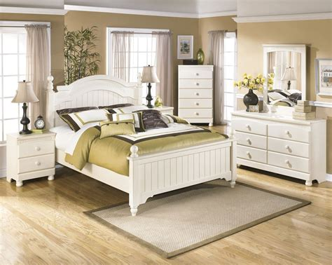 cottage retreat bedroom set ashley furniture cottage retreat poster bedroom set