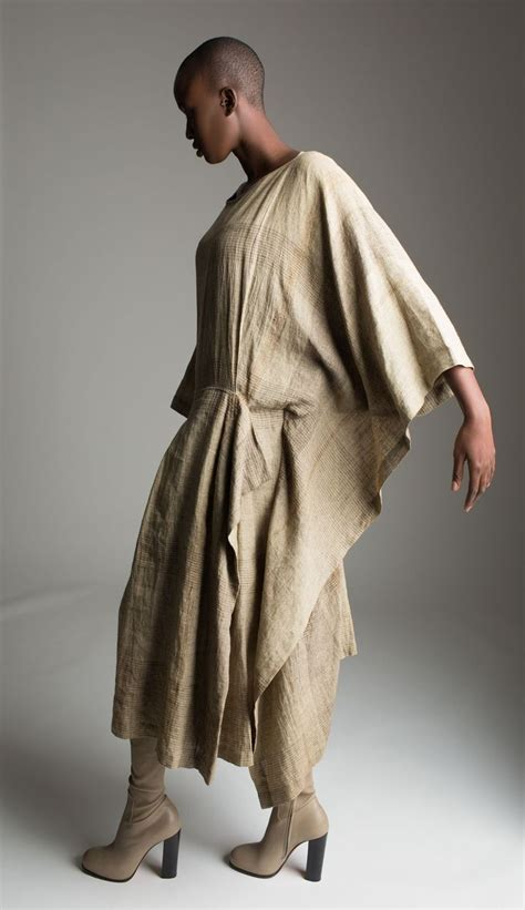 Issey Miyakes Populist Fashion by 1000 Images About Fashion Issey Miyake On
