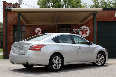 used nissan altima 2013 2013 nissan altima first drive photo gallery autoblog