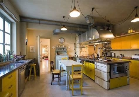 farmhouse kitchen design ideas 17 charming farmhouse kitchen designs you ll rilane