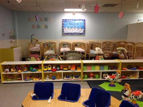 classroom layout for infants infant classroom photos smarty pants