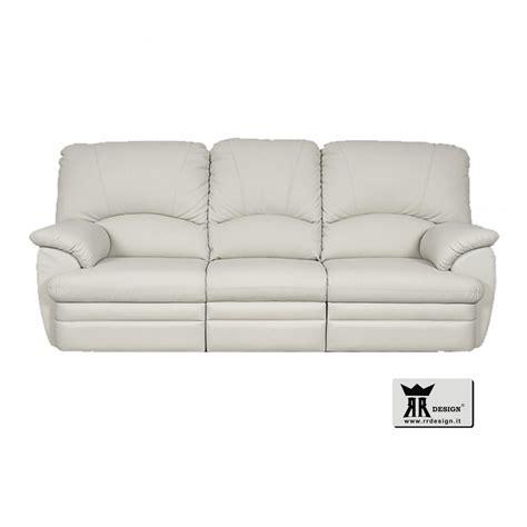 divani in ecopelle ikea divano relax manuale con 2 recliner ecopelle della linea
