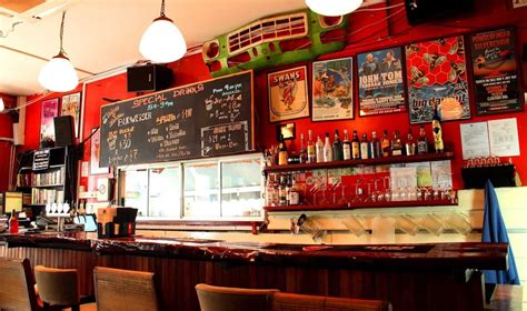 singapore top bars pubs in singapore best neighbourhood bars for casual