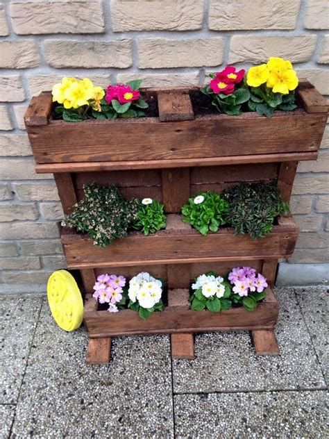 Pallet Wood Planter by Recycled Pallet Planter Ideas Pallet Wood Projects