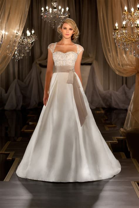 best wedding gowns for big bust how to choose the wedding dress based on your