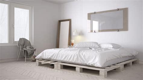 Wat Kun Je Maken Pallets by Gallery Of Heerlijk Slapen In Een Pallet Bed With Wat Kun