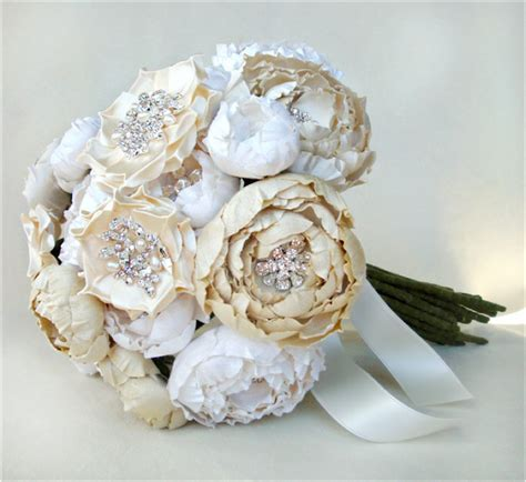 Silk Flowers for Your Bridal Bouquet : Have your Dream Wedding