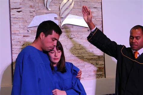 sda church santiago chile adventist review online more than 1 000 baptized after