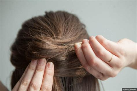 were chignons used in the 20 20 hairstyle hacks that you can do with a bobby pin playbuzz