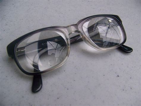 photo eyeglasses with thick lenticular myodisc lenses 12