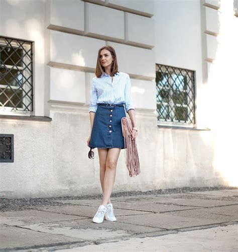 trendiest denim skirts  sport  summer fashion inspo