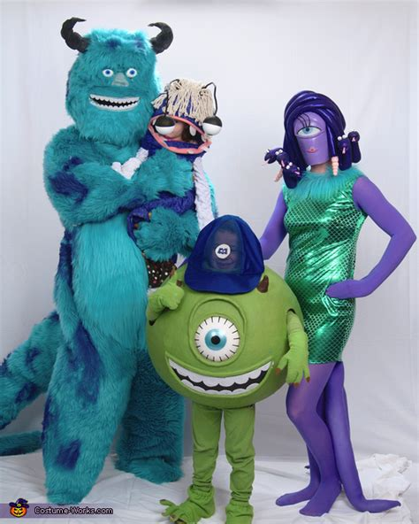 monsters  family costume photo