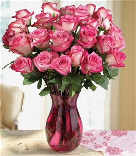 Vase Of Pink Roses by Two Tones Roses Arrangement In Pink Glass Vase Jpg