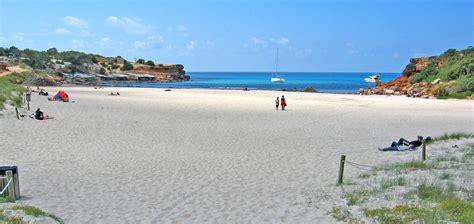 appartamenti sulla spiaggia formentera spiaggia cala saona vacanze a formentera