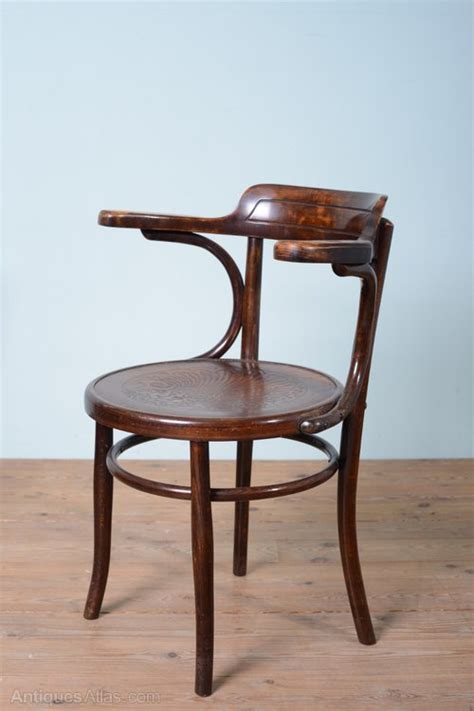 Bentwood Dining Chair Set Of 8 1930 S Bentwood Dining Chairs Antiques Atlas