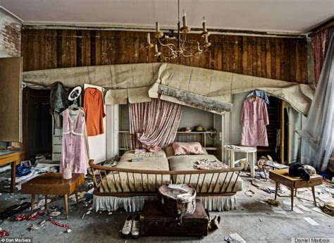 Velveteen Sofa Photographer Daniel Marbaix S Photos Of Doctor S Deserted