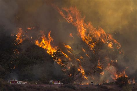 The On Socal Fires by Growing Wildfires In The West Fed By Windy Conditions