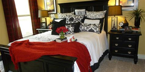 different bedroom decorating ideas homeaholic net how to make small bedrooms look bigger homeaholic net