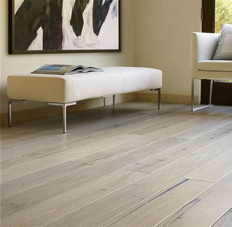 2 Tone Hardwood Flooring   Versailles Ivory Hickory