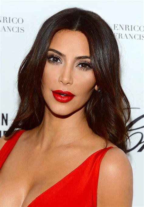 kim kardashian glam makeup makeup lessons from kim kardashian s signature look glam