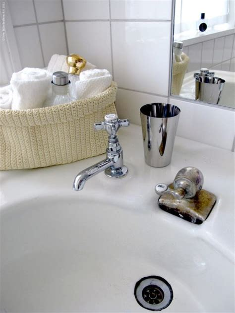 nice bathroom accessories nice little basket for face towels and cup for water