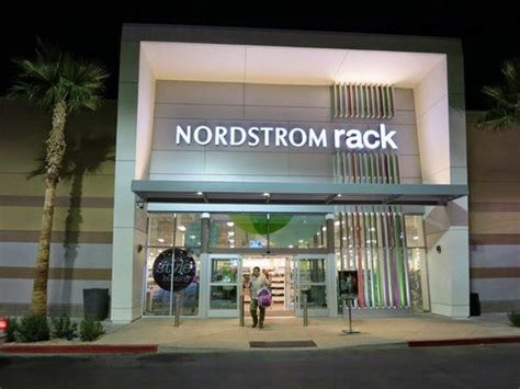 nordstrom rack nordstrom rack office photo glassdoor