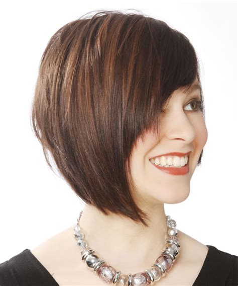 sle hair cut bob hair with bangs short straight casual bob hairstyle with side swept bangs