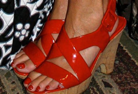 sarah palins feet wikifeet sarah palin s feet