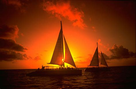 Late Sunset Sail Boat Sunset 10 Experiences To In Aruba Before You Die Matador