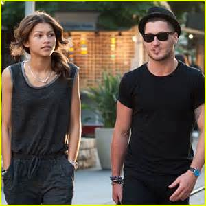 zendaya and val 2014 zendaya val chmerkovskiy grab lunch before the making