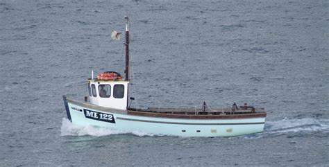 small boat licence uk file a small fishing boat approaching its home port